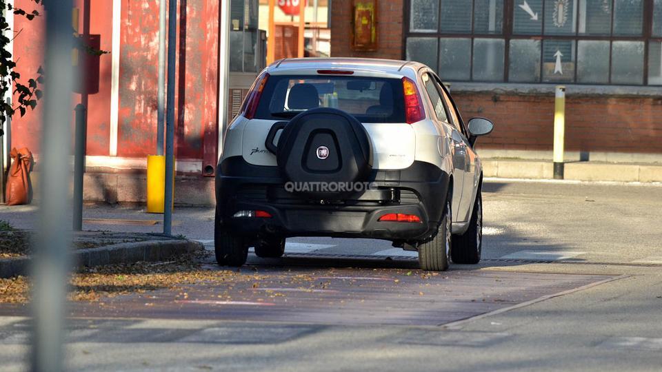 Fiat Cross Punto Spyshot Pic