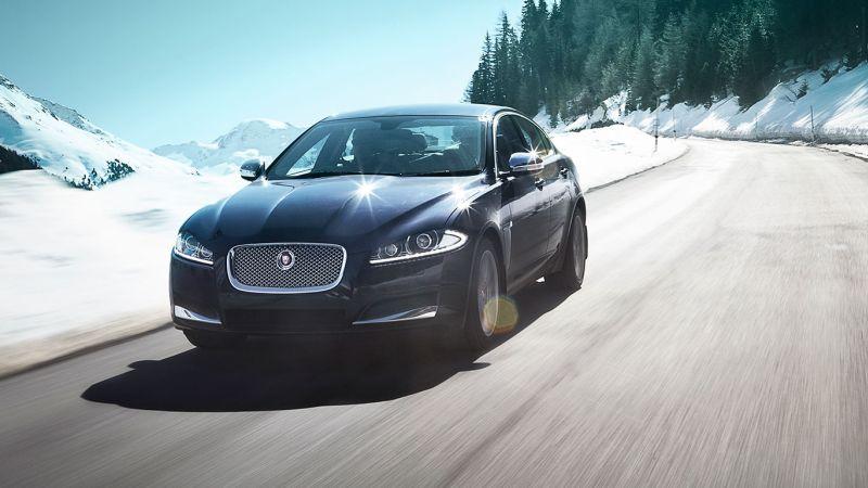 Jaguar XF 2.0 Petrol Luxury Sedan Pic