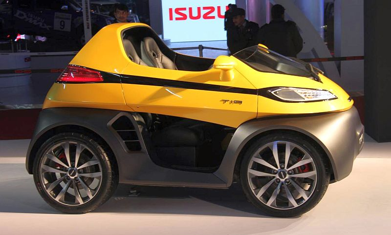 Dc Design Unveils Tia City Car And Eleron Suv At The Auto Expo