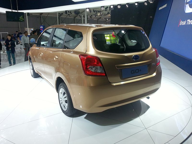 datsun go go plus redi go at 2014 delhi auto expo 18 car interior design. Black Bedroom Furniture Sets. Home Design Ideas
