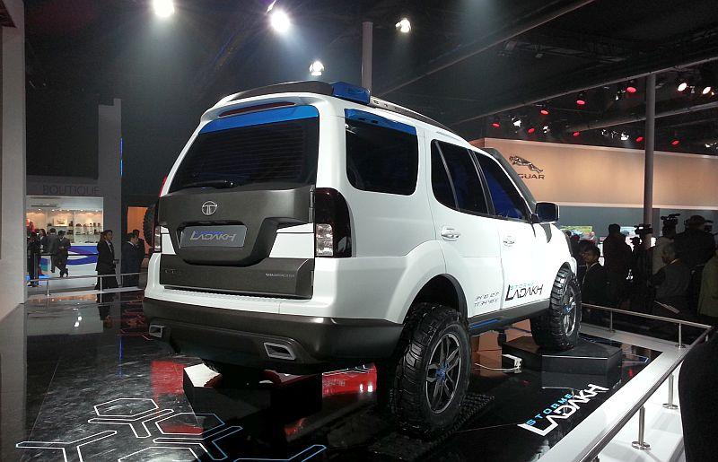 2014 Indian Auto Expo: Tata Sumo Xtreme and Safari Storme ...