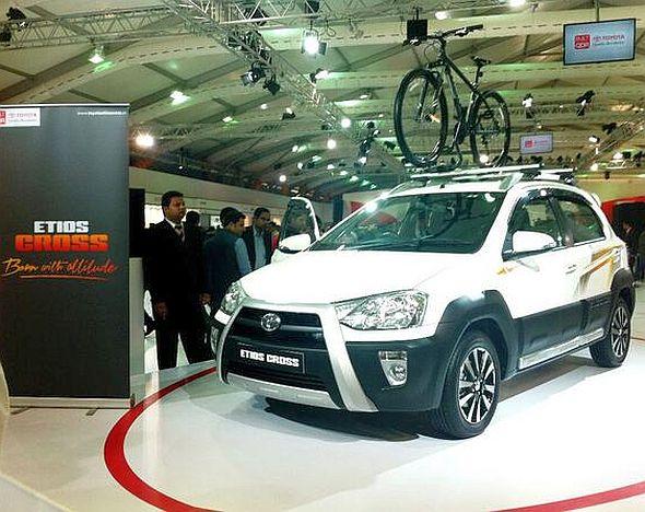 Toyota Etios Cross Pic