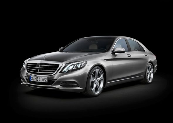 W222 Mercedes Benz S-Class Luxury Saloon Image