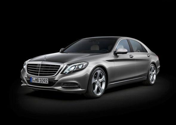 W222 Mercedes Benz S-Class Luxury Saloon Image