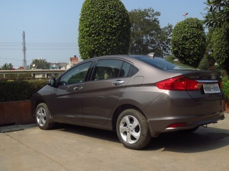 Travelogue Weekend drive to Neemrana Fort in a Honda City diesel
