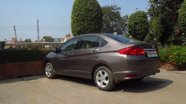 Travelogue: Weekend drive to Neemrana Fort in a Honda City diesel
