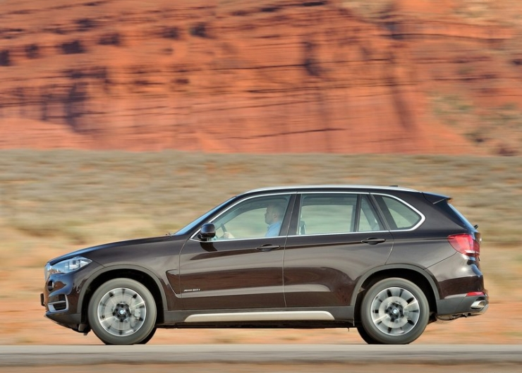 Do Not Use The Additional Row Of Seats In 7 Seater Suvs Bmw India Has Decided To Go Away With Third Paving Way For A Lower Priced Model