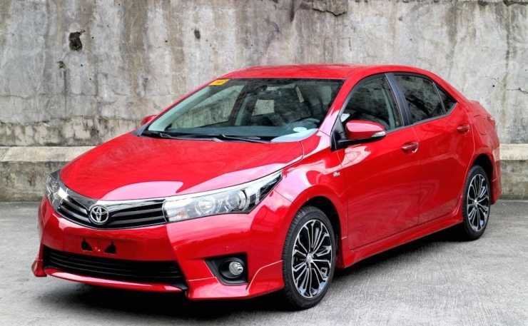 The 11th Generation Corolla Altis Replaces The 10th Generation Version In  India. The Car Is Assembled From Imported CKD (completely Knocked Down)  Kits At ...