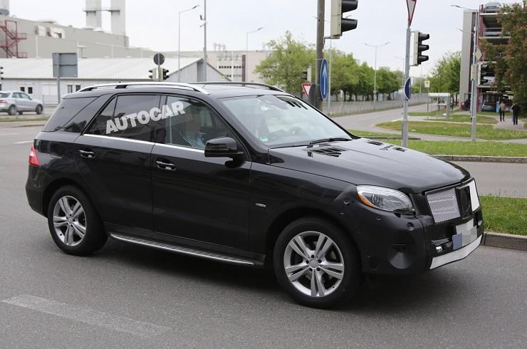 2015 Mercedes Benz M-Class SUV Facelift Image