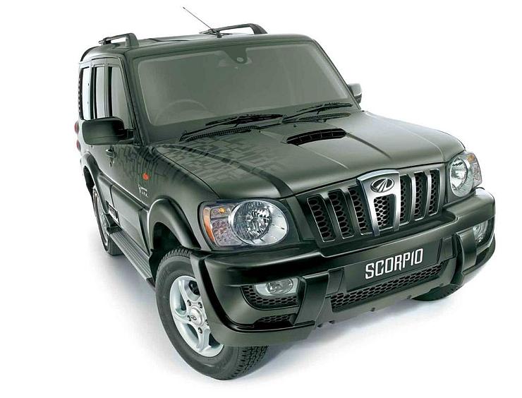 Pre-Facelift Mahindra Scorpio SUV Image