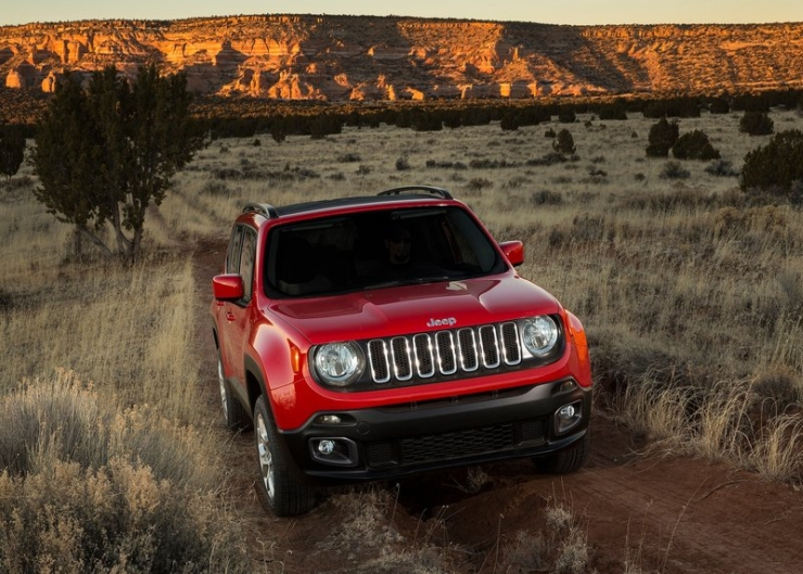 2015 Jeep Renegade SUV 3