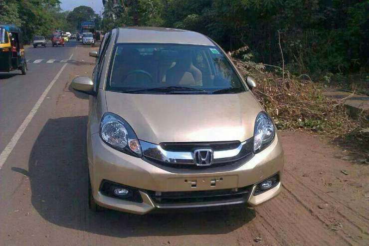 Honda Mobilio Diesel MPV spotted ahead of July launch