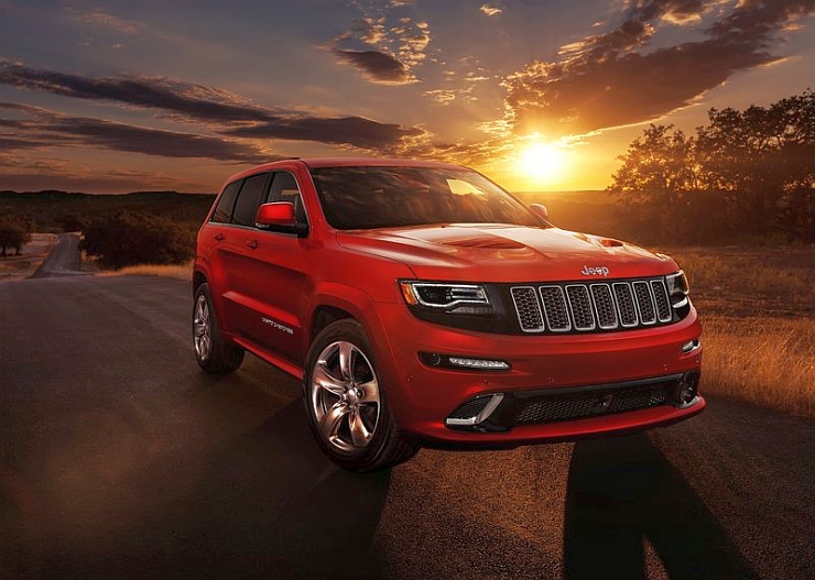 Jeep Grand Cherokee Luxury SUV Photo