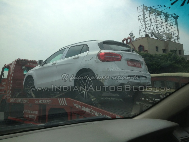 Mercedes Benz GLA crossover spotted in India