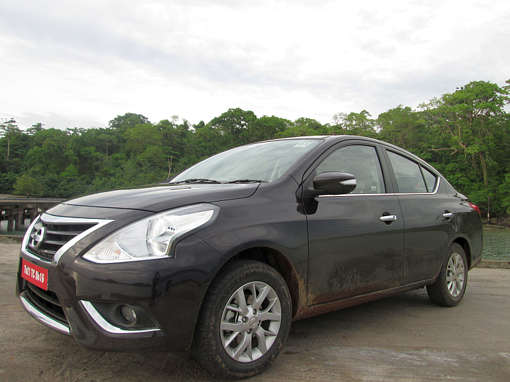 2014 Nissan Sunny Sedan Facelift lined up for July 3rd launch in India