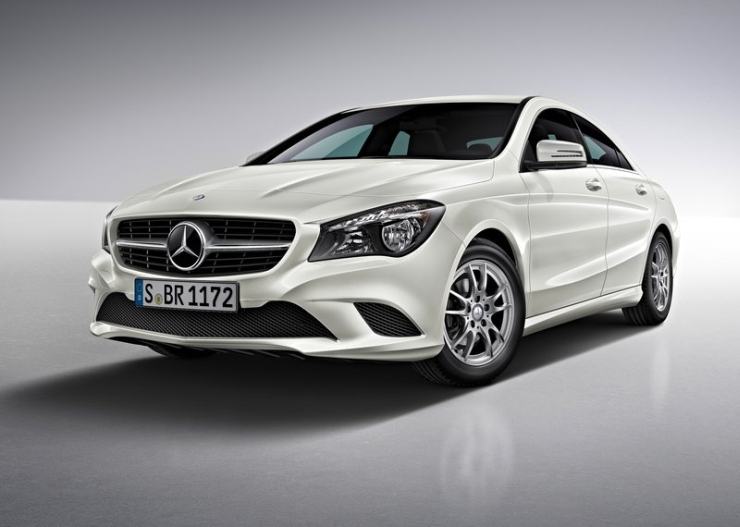 Mercedes Benz Cla Luxury Sedan To Make India Touchdown On January