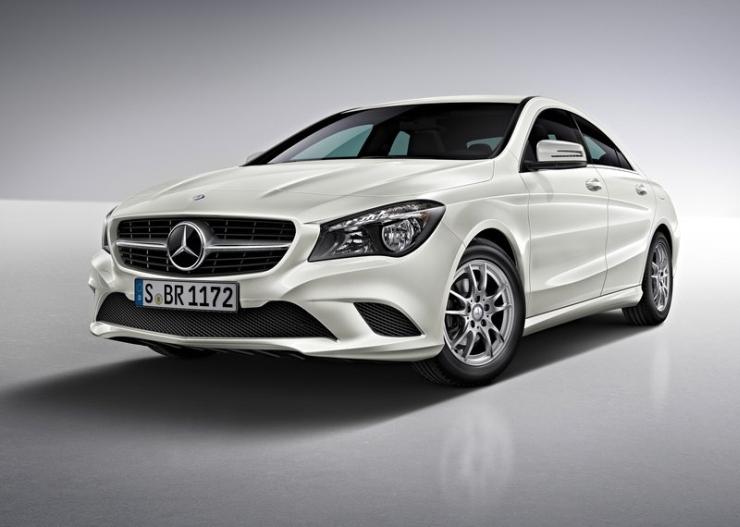 Mercedes Benz CLA Sedan Pic