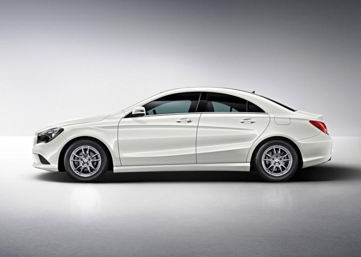 Mercedes Benz CLA Sedan Picture