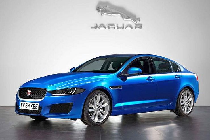 2015 Jaguar XE Luxury Sedan Photo