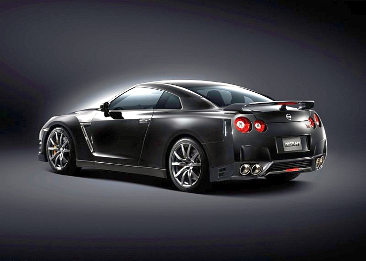 Nissan GT-R Sportscar coming to India next year