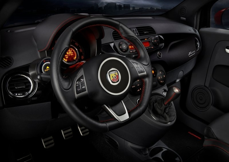 Fiat Abarth 500 To Be Launched In India By End 2014