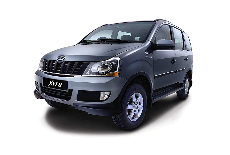 Current-generation Mahindra Xylo MPV Photo