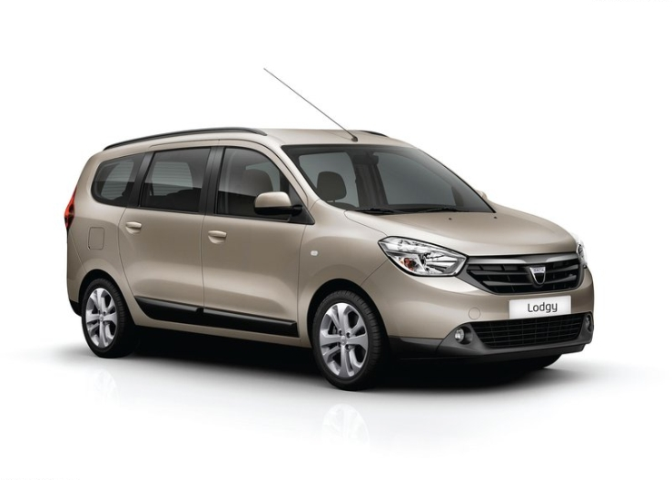 Renault Lodgy MPV makes its maiden on-test appearance