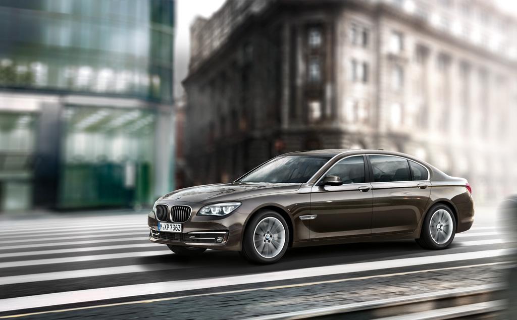 2014 BMW 7-Series Signature Edition Luxury Saloon Image