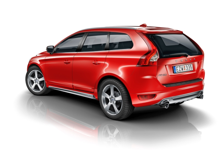 2014 Volvo XC60 R-Design Crossover Image
