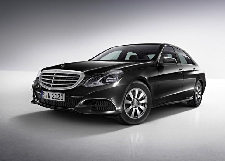 Mercedes Benz launches 2014 E-Class E 350 CDI Diesel luxury car in India