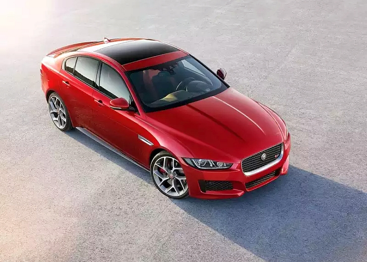 The sexy 2015 Jaguar XE is here…