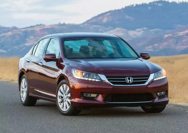 Official – Honda Accord Luxury Sedan's India relaunch to happen in 2015