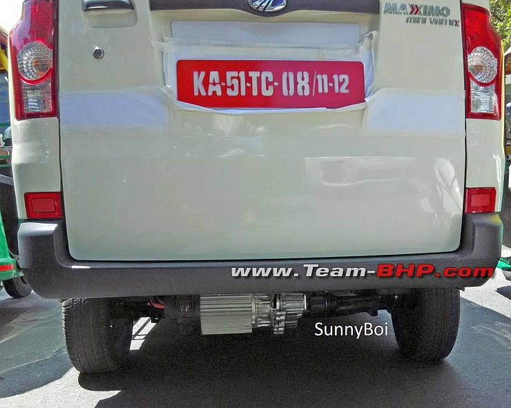 Mahindra Reva spotted testing the Maxximo Electric Van