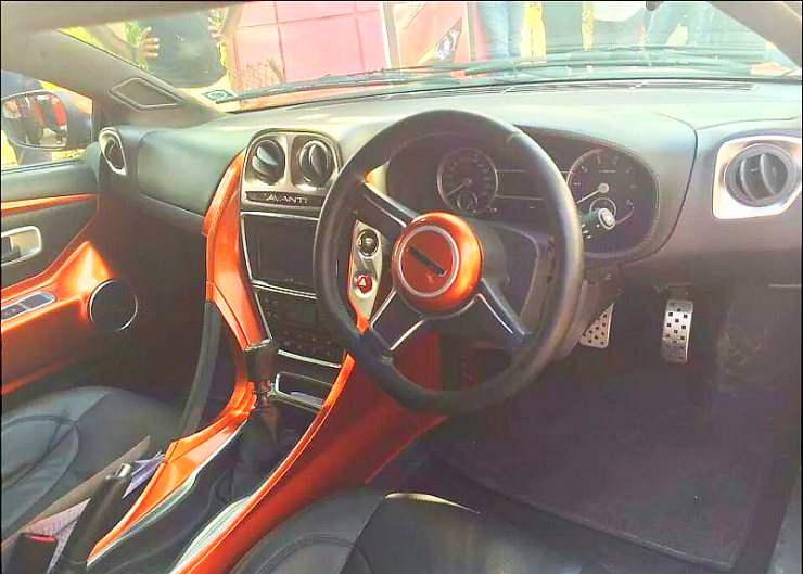DC Avanti Sportscar's Interiors Pic