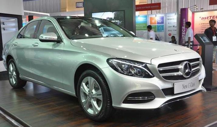 W205 Mercedes Benz C-Class Luxury Sedan Pic