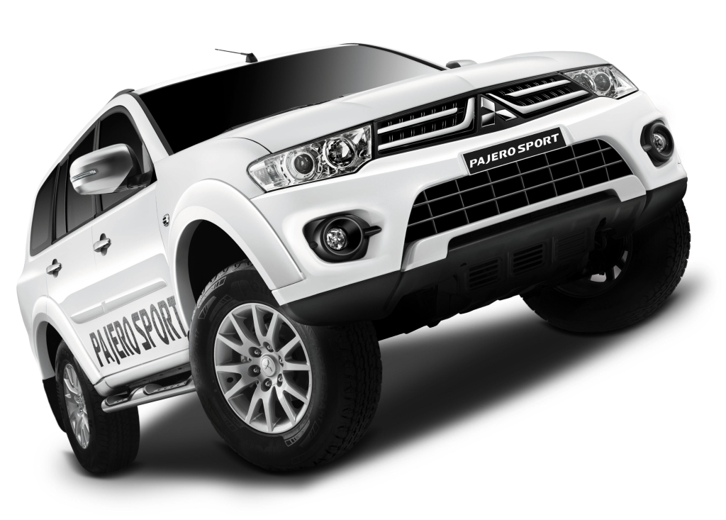 Mitsubishi Pajero Sport SUV Facelift with the Automatic Gearbox Option Pic