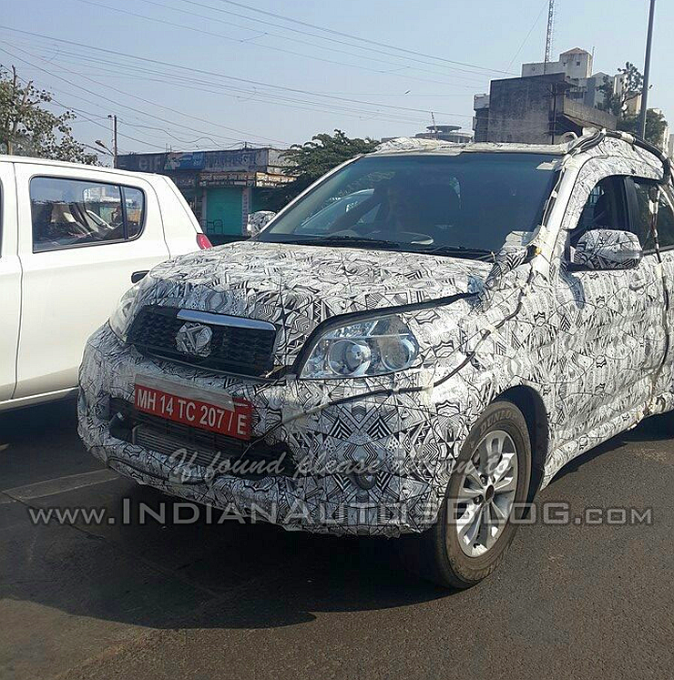 Small Toyota Suv: Toyota Rush Compact SUV Spotted In India