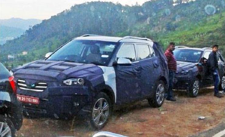 Hyundai iX25 Compact SUV and i20 Elite Cross testing together