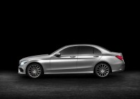2015 Mercedes Benz C-Class Luxury Saloon Profile