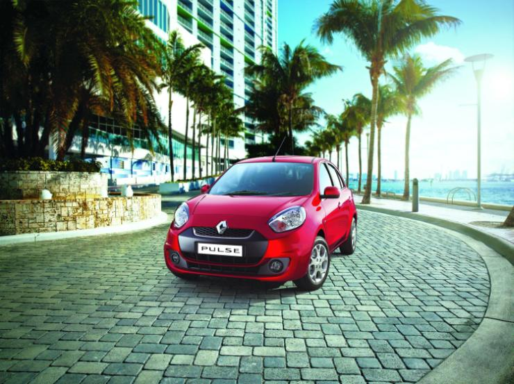 Refreshed 2015 Renault Pulse Hatchback Launched in India