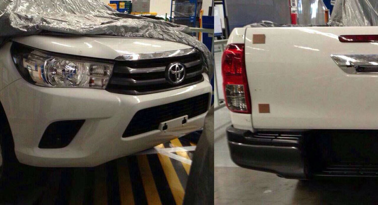 2015 Toyota Hilux Pick Up Truck