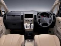 Mitsubishi Delica MPV Dashboard