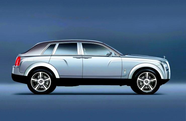 Rolls Royce SUV Render Profile