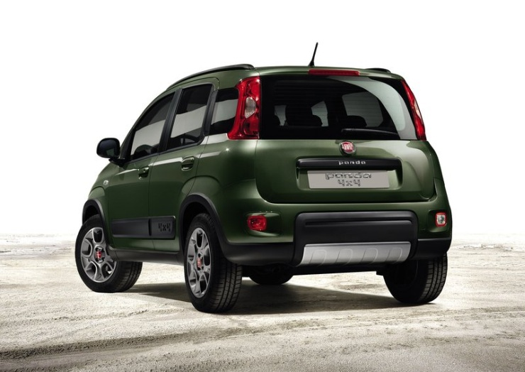 2015 Fiat Panda 4X4 Micro SUV Rear