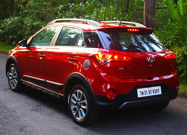 Hyundai I20 Active Cross In Images