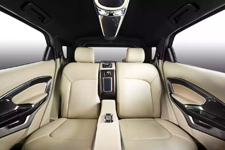 DC Design Ford EcoSport Custom Interiors