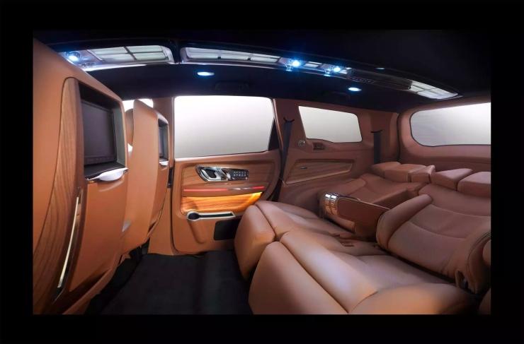 DC Design Mahindra XUV500 Custom Rear Seat