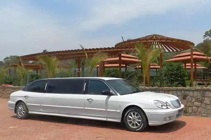 Hyundai Sonata Limousine