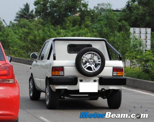 Maruti 800-white-pick-up-1