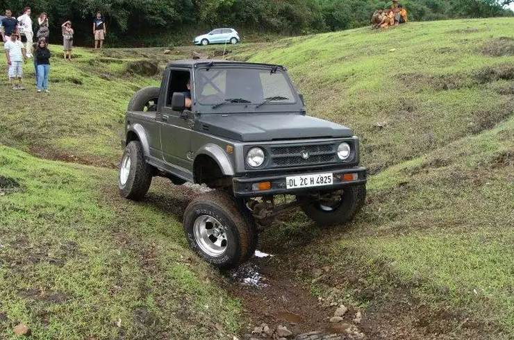 Maruti Gypsy King with Off Road Modifications 1